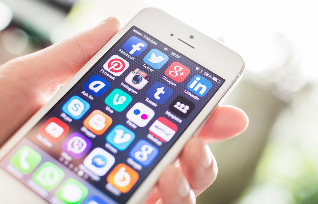 ¿Cómo saber en qué redes sociales debe estar mi empresa? La guía imprescindible
