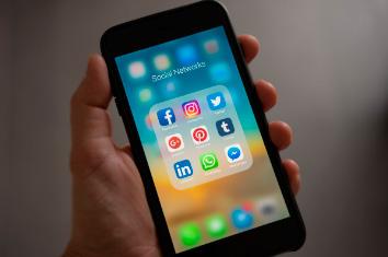 Una organización de consumidores denuncia a WhatsApp ante la UE