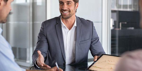 Herramientas comerciales clave: Cómo ser la mejor opción para tus clientes