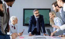Las 3 Cs en el liderazgo de equipos: Confianza, compromiso y crecimiento
